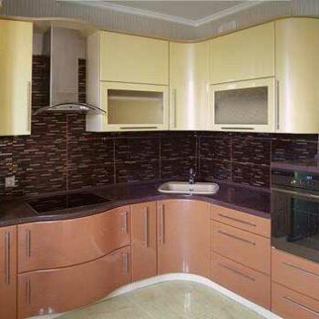 Кухня с радиусным углом «РУ1»