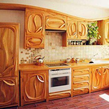 Кухонный гарнитур из массива «Янта»