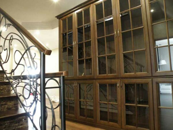Шкаф для книг «Хайд»