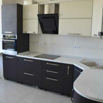 Кухня «КУ4» с косым углом