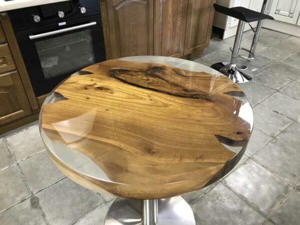 Эксклюзивный стол из карагача