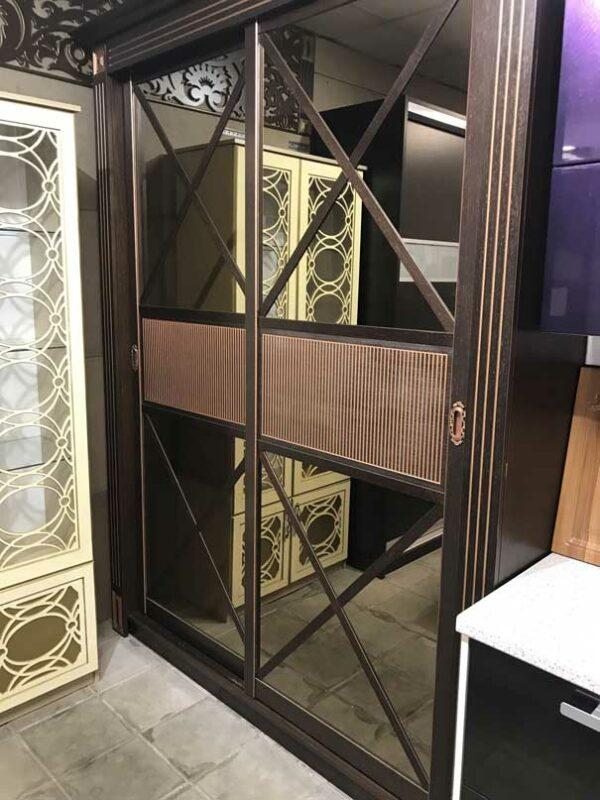 Шпонированный шкаф-купе