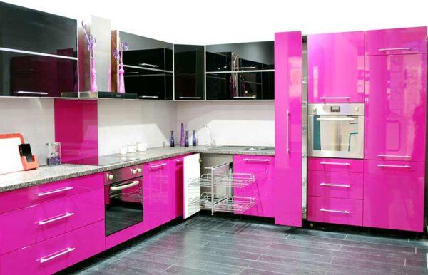 Глянцевая розовая кухня «ОВ2»