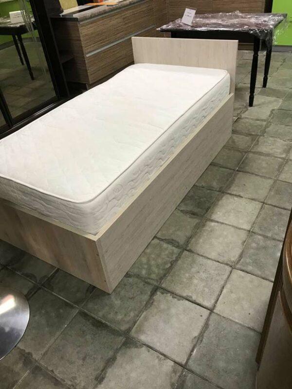 Кровать с матрацом «Инта»